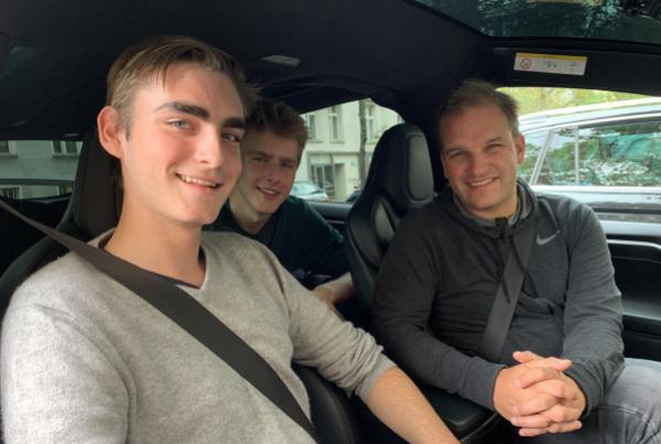 Digital helfen mit Julius de Gruyter & Kai Lanz